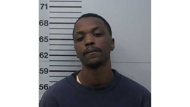 Vicksburg man charged with domestic violence in Oxford