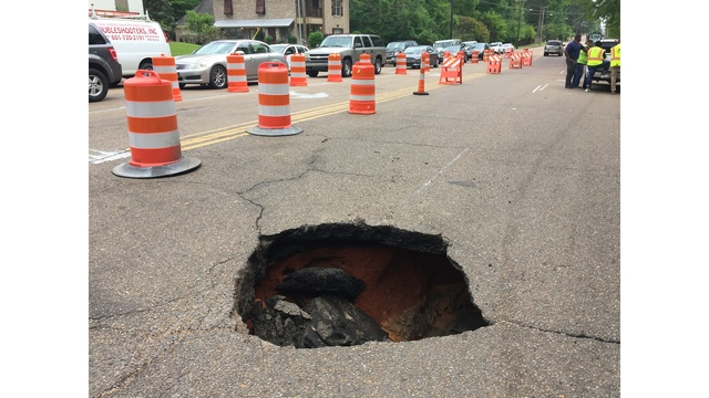 Sewer cave-in on Northside Drive and Ridgewood Road creates major sinkhole